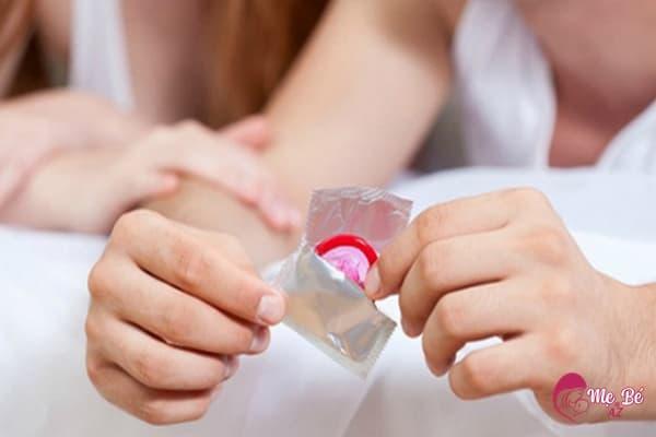 Có thể quan hệ khi mới sinh 1 tháng nhưng phải dùng biện pháp tránh thai